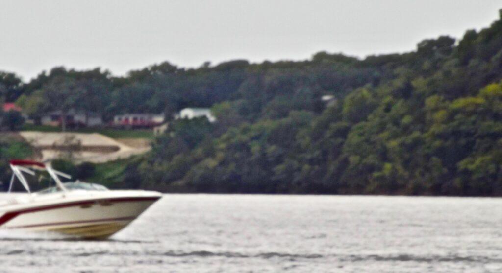 Boat Lake of the Ozarks